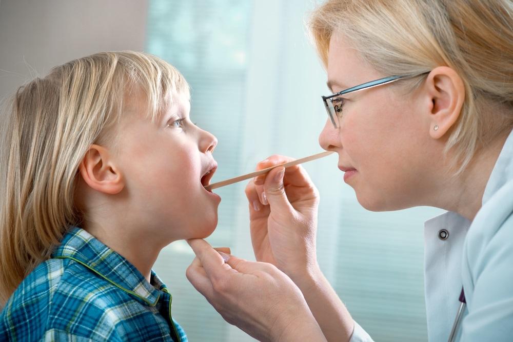 Аденоидные разращения имеют большое значение в патологии верхних дыхательных путей и органа слуха